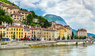 The MDS-European Section 1st Summer School on Neuromodulation for Movement Disorders takes place in Grenoble, France July 6-8 2017.