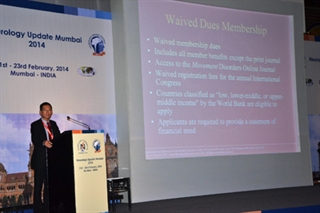 Dr Victor Fung addresses the audience in Mumbai, India.
